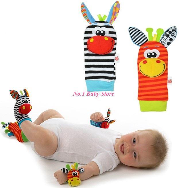Meias bebê de algodão de alta qualidade meias com chocalhos + desenho animado relógios de pulso com chocalhos para 0 - 12 M bebê acessórios do bebê(China (Mainland))