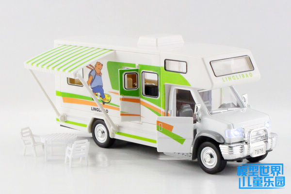 Free shipping green Sound and light alloy model cars assembled toy travel car luxury tourist bus(China (Mainland))