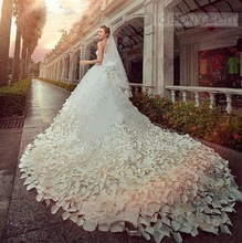 Gorgeous Ball Gown Bride Wedding Dresses Bridal Gowns Sexy Sweetheart White Appliques Beaded Belt Custom 2014 Best Selling