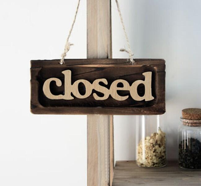 Rustieke muur opknoping hout houten bord tekenen welkom gesloten open ...