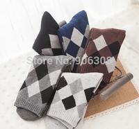 Free shipping!2014 new hot sale men's socks thicken mens socks,very comfortable  rhombus pattern cotton sox wholesale