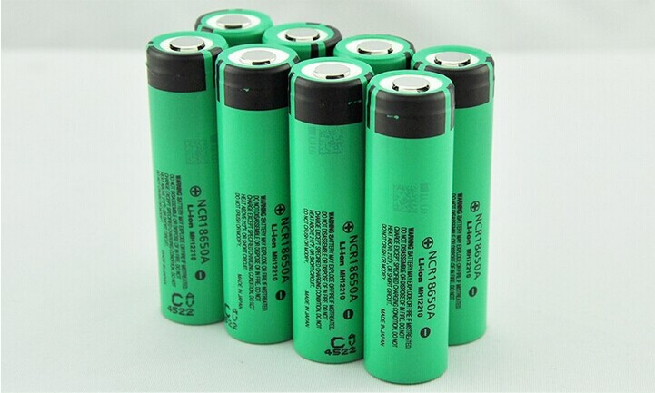 8x 3100mAh 3.7V 18650A NCR Li-ion Rechargeable Battery Pack For Ultrafire LED Flashlight Torch(China (Mainland))