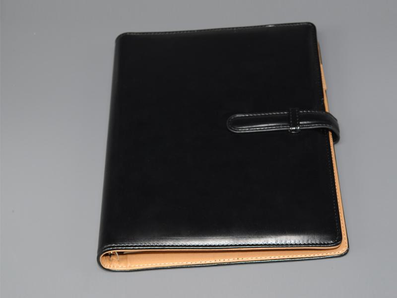 100 страниц бизнес ноутбук