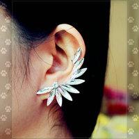 11.11 shipping jewelryEuropean fashion inlay Crystal arc exaggerated wings fashion brinco masculino stud earrings DY