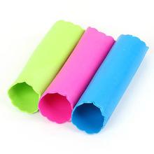 Início essencial ~ super prático alho dispositivo esfola / cilindro / casca de alho casca de alho plástico AF062(China (Mainland))