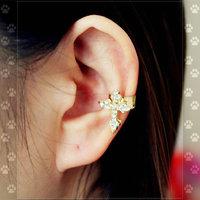 11.11 shipping jewelryhot sale rhinestone no European stars and the pierced flower stud earrings DY