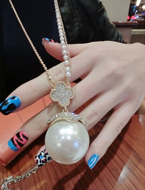 Classic four leaf clover bracelet fashion gold plated bangles elegant single large pearl pendant necklace popular four leaf clover fashion long necklaces for women jewelry wholesale mozeypictures Gallery