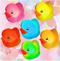 Harmless Rubber Soft LED Flashing Light Duck Bathroom Bath Tub Shower Toy for Baby Kids Children Bathtub 20pcs lot free ship