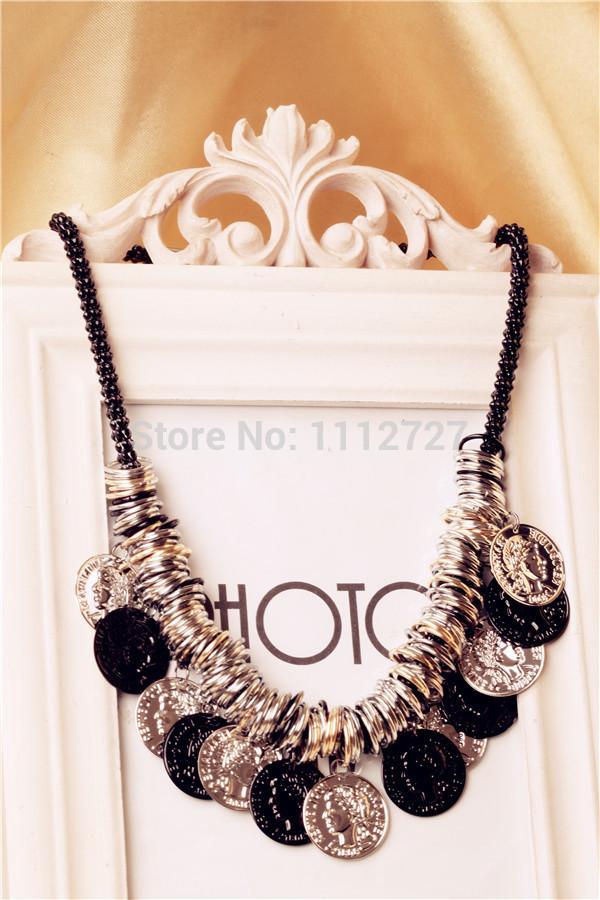 Beautiful New Retro Winter Punk Necklace New Pop Jewelry Sweater Chain Hot Female Chain Accessories Wholesale Price(China (Mainland))