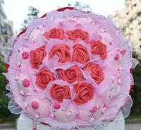 11 piglets 11 rose Valentines Day birthday bouquet  doll cartoon bouquet Wedding flower free shipping