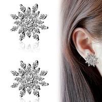 Free Shipping Newest Luxury Crystal Snowflake Fashion Womens Stud Earrings Ladies Girls Earrring Jewelry Christmas Gift