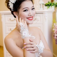 In Stock Fingerless Lace Rhinestone Bridal Gloves Fashion Short Wedding Accessories Drop Shipping