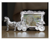 Vintage Home Decoration European Carriage 5inch Photo Frame Silver Color Baby / Family / Lover Gift Free Shipping
