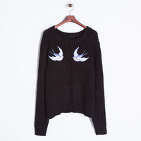 2014 winter girls cute swallow swift embroidery black o-neck thicken pullovers sweater 456012