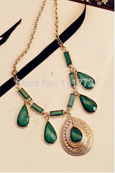 Palace Drop Acrylic Gem Necklace New Retro Rhinestones Short Sweater Chain Fashion Jewelry Accessories Wholesale Price(China (Mainland))
