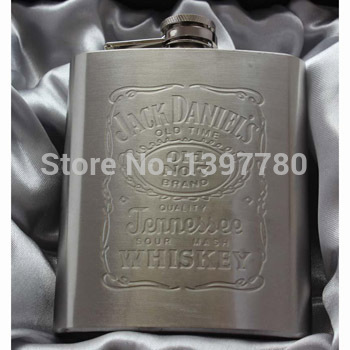 Portable stainless steel hip metal flask gift travel whiskey alcohol liquor bottle flagon garrafas para acero inoxidable petaca(China (Mainland))