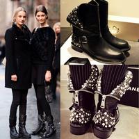 Fashion 2015 Autumn Winter Genuine Leather Boots Rhinestone Beading Rivet Knee High Flat Heel Martin Boots Motorcycle Boots