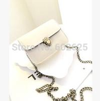 2014 new small square lock retro fashion handbags shoulder bag handbag bag wholesale diagonal College Wind