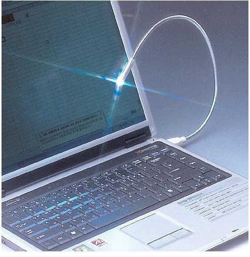 Wholesale Lamp energy saving Flexible LED Bright White USB novelty snake mini light notebook laptop PC Night Reading lamp(China (Mainland))