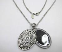 Silver Tone Black Pendant Necklace ls