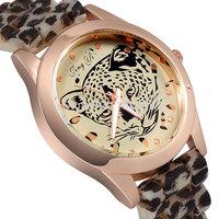 NEW arrival Fashion Women Wristwatches Dress Watch Men Luxury Brand Casual Quartz Geneva Watch Jelly Watch Silicone Sport Watch
