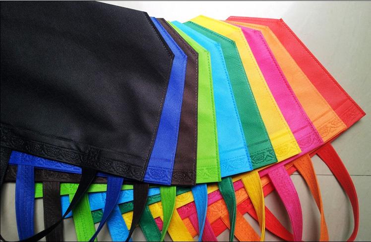 Versandkostenfrei!! Brauch nicht- gewebte säcke. Eco- freundlich beutel einkaufstasche nicht- gesponnener beutel anpassen werbung tasche tote logo