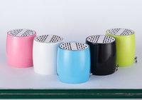 wholesale Wireless outdoor mini bluetooth speaker with AUX audio mic