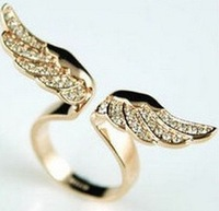 2014 Womens Adjustable Vintage Fashion New Style Angel Wing Gold Plated Crystal Lovely Ring