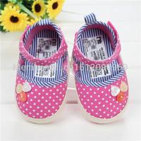 Princess fashion new shoes Export of baby soft bottom antiskid shoes wholesale M0409 qi batch code