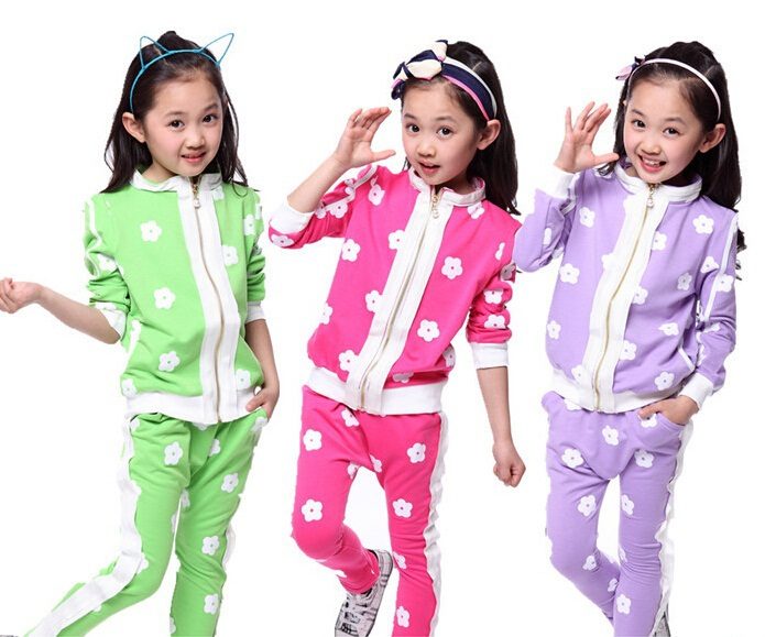 3 colors kids sport wear Baby Clothing Set Baby girls Clothes Baby Garment Sports Suit Fashion Floral Set suit(China (Mainland))