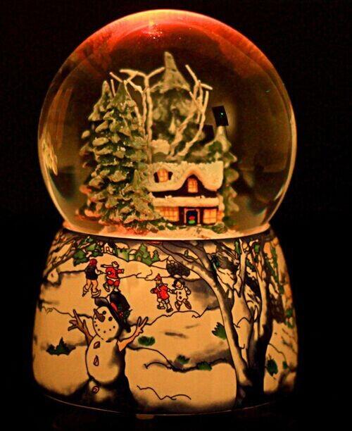 2014 House Christmas snow crystal ball music box Valentine's Day gift for Christmas(China (Mainland))