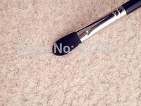 SGM F65 - LARGE CONCEALER Brush