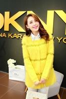Free shipping 2014 explosion models Hitz Korean Women star point stripe long section of high-grade velvet mink coat