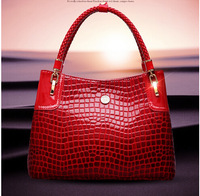 The new 2014 new Europe and the United States big crocodile grain single shoulder bag