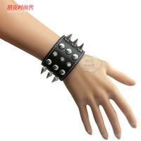 Avril punk rivet bracelet non-mainstream rivet bracelet personalized leather hand ring
