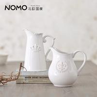 Home accessories desktop white ceramic vase victoria relief badge milk pot flower