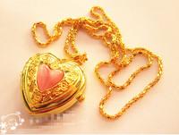 Latest design Classic Love shape Pocket Watch Fashion delicate Pendants Girl necklace Pocket Watch Quartz watch Gift table
