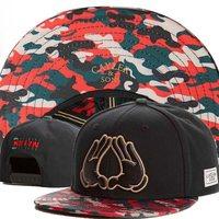 Hand KKIYN BKIYN camo brim Cayler Sons snapback hat brand designer mens women hip hop cap snap back hats