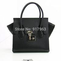 Hot sell famous design Trapeze bag  fashion   vintage one shoulder  bag handbag cord lock women's handbag bag