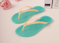 2014 summer new lady beach sandals flat jelly Slipper slip plastic bathroom slippers