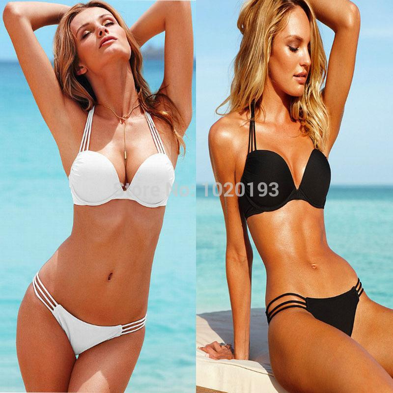 Modelo de bikini de cadena micro g