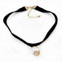 HOT  SALE inspired Plain Black Velvet Ribbon Choker Necklace Gothic Handmade With Charm Gothic pearl pendant  XL-178
