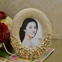 Modern Fashion Rose Pattern Photo Frame Decorative Resin Picture Stand Craft Embellishment Accessories for Home, Office and Cafe
