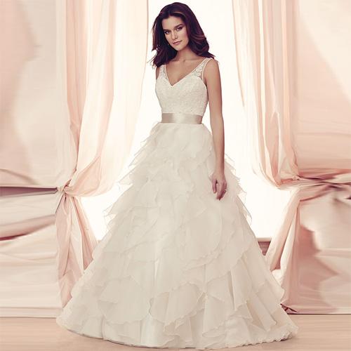 Dvt 2014 novo vestido de noiva fashion ombro V profundo noiva rendas casado de noiva pequena cauda(China (Mainland))