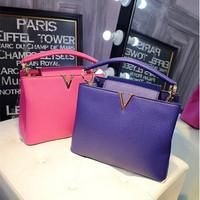 Handbags wholesale European big names new fashion shoulder bag stitching Crossbody handbags factory outlet