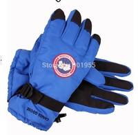 New Canada ski gloves utdoor windproof Winter ski gloves warm gloves Free shipping