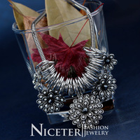 NICETER Vintage Style Stainless Steel Big Flower Cluster Chokers Necklace Fashion For Women Accessories 2014 Popular
