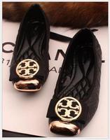 Plus size women shoes fashion metal decoration pu leather women flats michaeled shoes