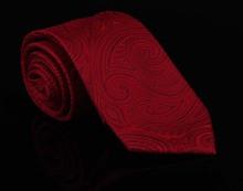 Designers Fashion Red Silk Ties Cavate For Men Gentlemen Wedding Dresses Gravatas Masculinas Neckties Gift For