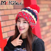 2pcs/Lot 2014 new Korean Women Caps Winter Fashion Hats Woolen Yarn Contrast Color Hand Hook Weaving Multi-Color Free Shipping